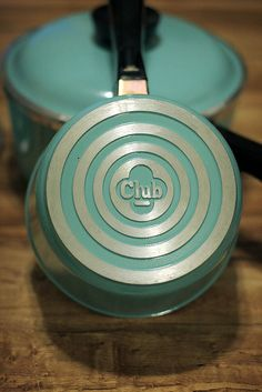 Club Aluminum Cookware bottom trademark on small saucepan with lid