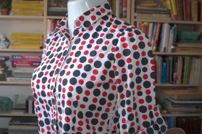 Pokka-dot blouse